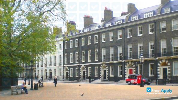Amity University [IN] London